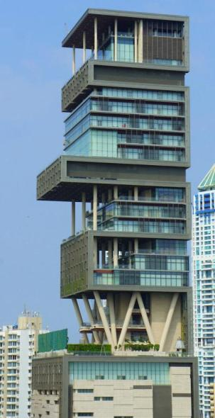 most-extravagant-house-antilia-9