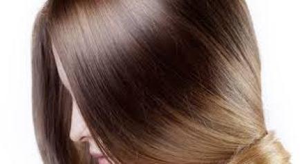 مجموعه من الماسكات الطبيعيه لترطيب الشعر