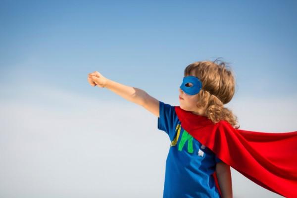 كيف تبني ثقة طفلكِ بنفسه ؟