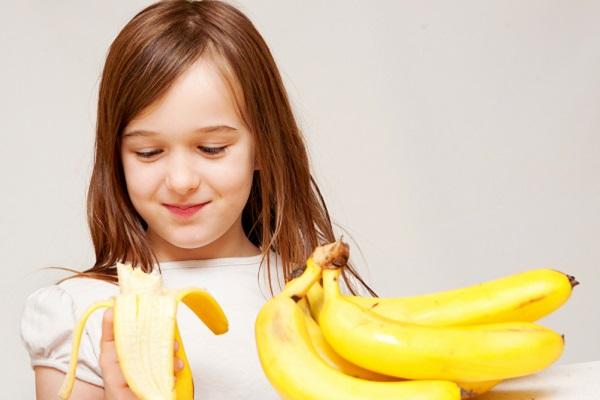 10 أطعمة تساعد في نمو طفلكِ العقلي