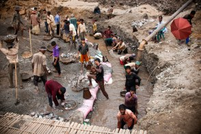 Small canals were dug inside the pits and filled with water so that stones can be dug out easily from soft mud and cleaned in the canals.