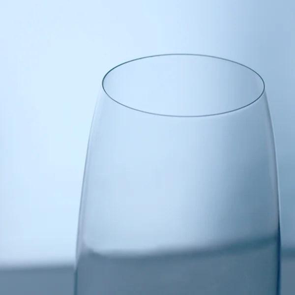 RONA グラス マルメシリーズ 高級感溢れる口元の薄さ