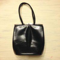 「捨てる技術」2日目、雑誌の付録の袋物を断捨離する8つの条件とは?