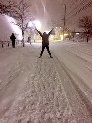 湘南・鎌倉の雪景色2014:【番外編】坂の街善行はスキー場状態