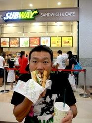 サブウェイ@湘南モールフィル:野菜増量OKの好みにカスタマイズできるサンドイッチ