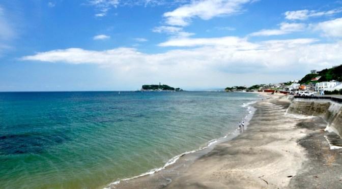 空も海も真っ青な稲村ケ崎〜七里ガ浜〜江ノ島