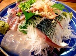 藤沢の老舗居酒屋久昇のしめ鯖と刺身