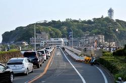 江ノ島の湘南大橋と弁天橋の大渋滞