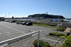 江の島花火大会203の穴場観覧スポット片瀬西浜の片瀬漁港駐車場