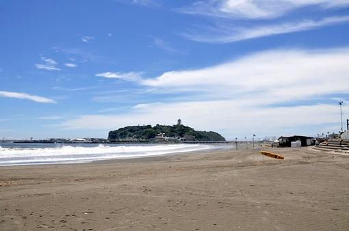 湘南江ノ島片瀬海岸東浜からの台風一過の海