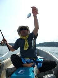 鎌倉材木座で手漕ぎボートでキス狙い