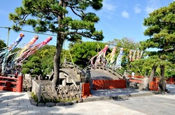 鎌倉鶴岡八幡宮の七夕祭りの太鼓橋