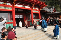 鶴岡八幡宮節分祭の神事