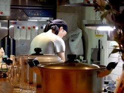 藤沢善行のホルモン焼き元気屋のマスター