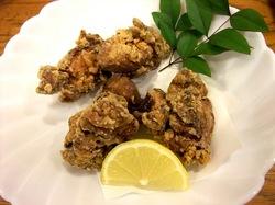 藤沢市善行の海鮮居酒屋きときとの鶏の唐揚げ