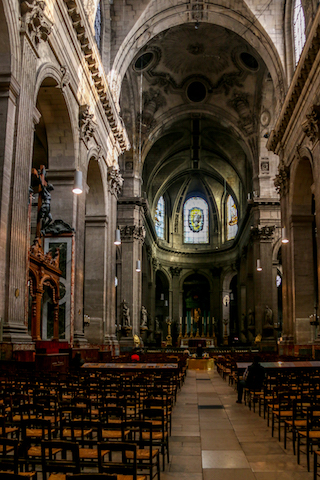 Église Saint-Sulpice Interior