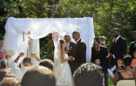 DSC_0753 camb wed alter handhold
