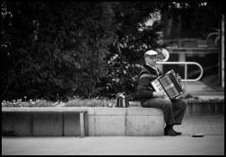 Musician-B&W-Web-DSC_6386
