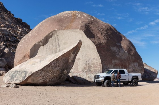 Mini Venture – Giant Rock at Landers, CA
