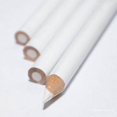Восковой карандаш (Белый)