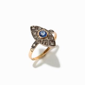 Marquis Ring mit Saphir und 12 Diamanten