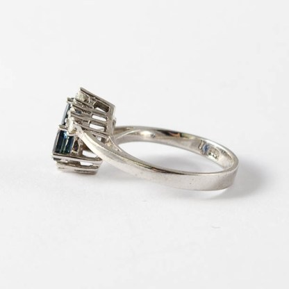 Ring Weissgold Saphire und Brillanten