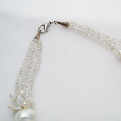 Kette aus Süsswasserperlen und Swarovski Perlen
