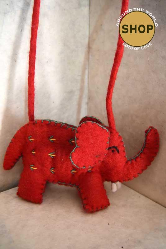 Handgemaakt vilt rode kinder schoudertas oifant 5377. Speelgoed, tas.