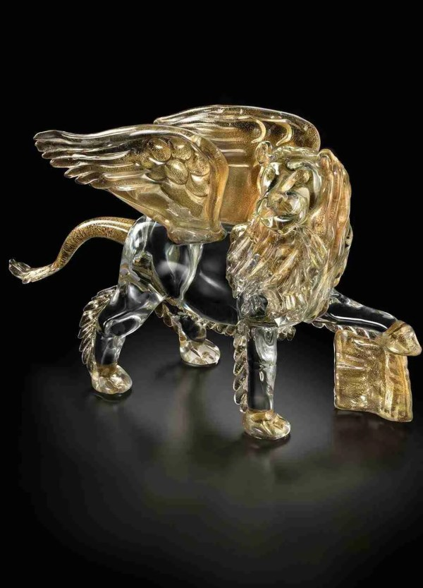 Winged Lion of San Marco 48cm symbol of the Serenissima Republic in Murano glass handmade with 24K gold details.