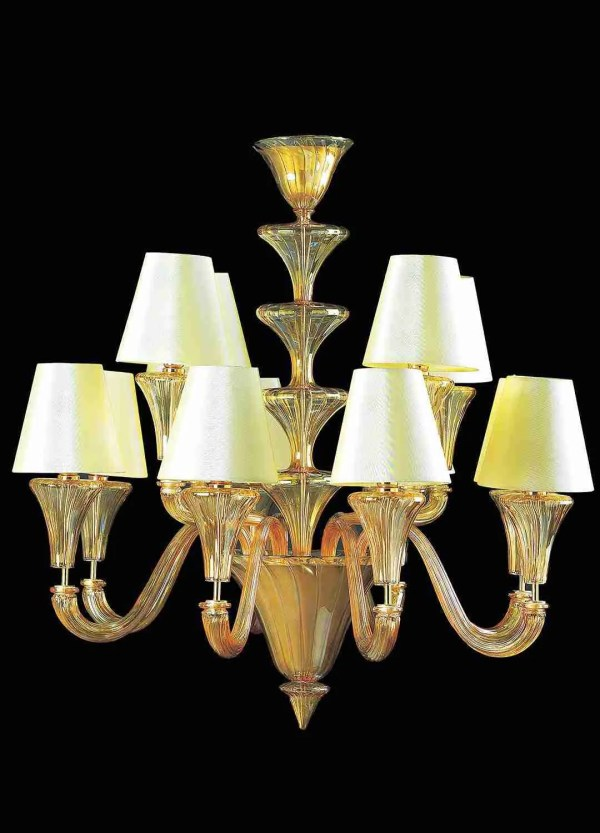 """Murano glass chandelier in """"Venetian"""" style, is the ideal combination of art and elegance. Bright and classic in lines.Murano glass chandelier in """"Venetian"""" style, is the ideal combination of art and elegance. Bright and classic in lines."""