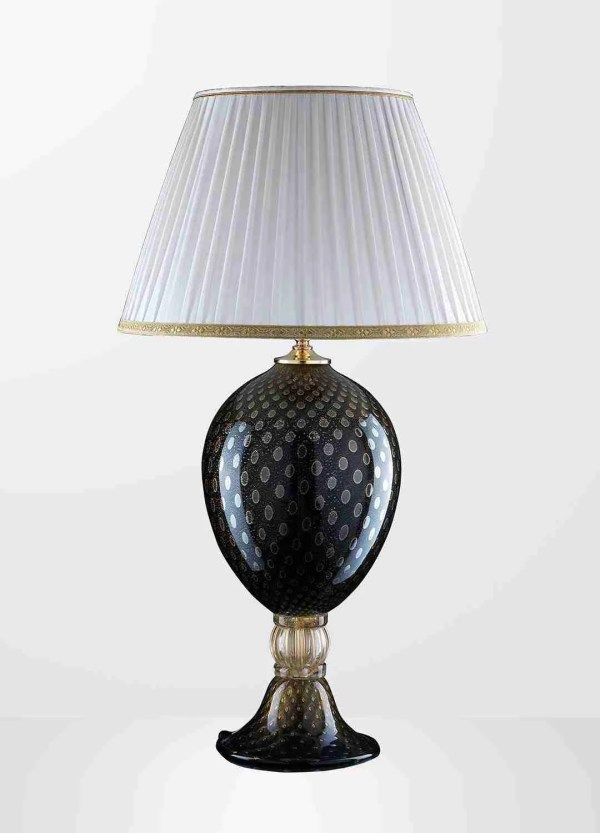 Bolle Oro Table Lamp 83cm high, the lamp is made of Murano glass covered with 24K gold with gold bubble effect.
