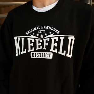 Sweater-kleefeld-detail-front