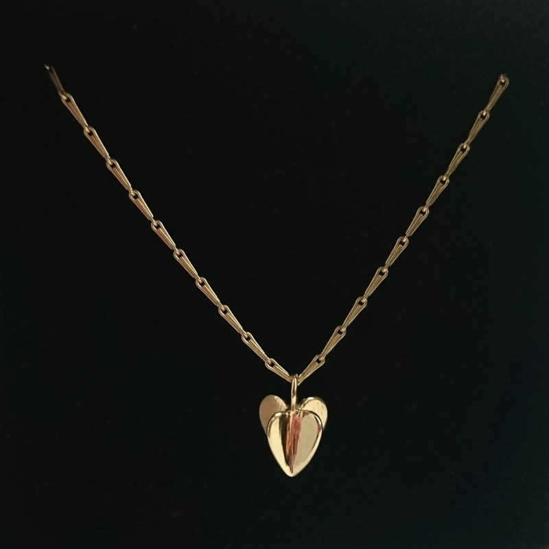 "18ct Gold Sweet handmade Heart with 18ct Gold 18"" Chain."