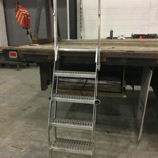 Aluminum Stake Pocket Truck Ladder W/Storage Rack