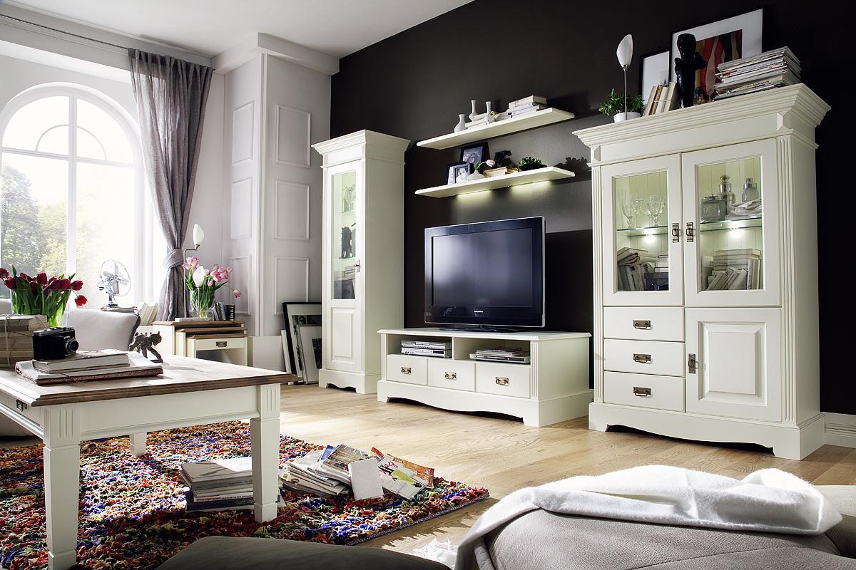 landhausmobel landhausstil wohnzimmer mobel cremeweiss boisholz innenarchitektur ideen