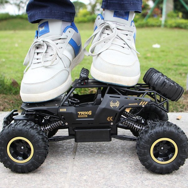 New Hot 4WD Remote Control High Speed Vehicle 2.4Ghz Electric RC Toys Monster Truck Buggy Off-Road Toys Kids Suprise Gifts
