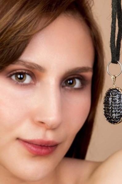 Black Jack Glass Necklace 2