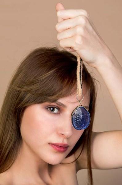 Box Glass Necklace 4