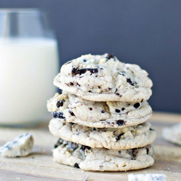 Picture of Cookies 'n Cream Cookies