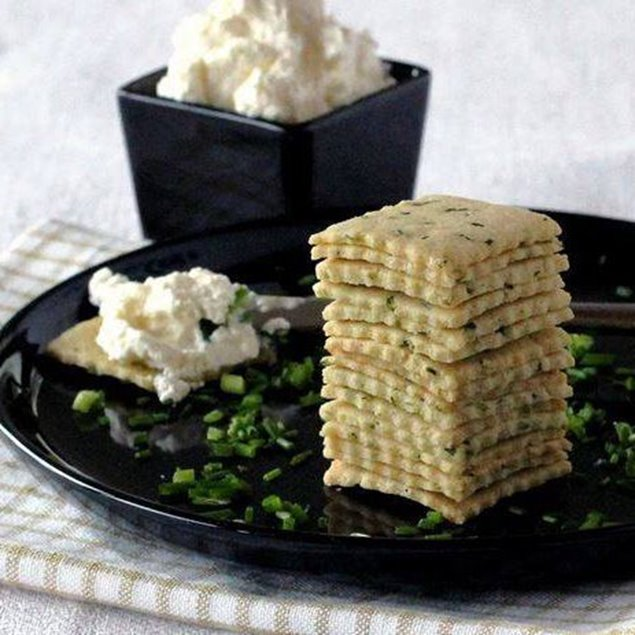 Picture of Sour Cream& Onion Party Cracker Mix
