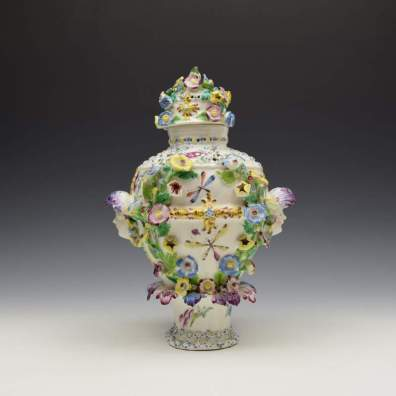 Bow Porcelain Vase and Cover c1765 (2)