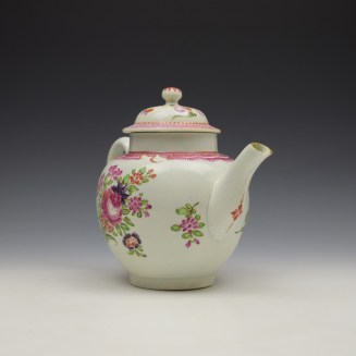 Lowestoft Floral Pattern Teapot and Matched Cover c1780 (3)