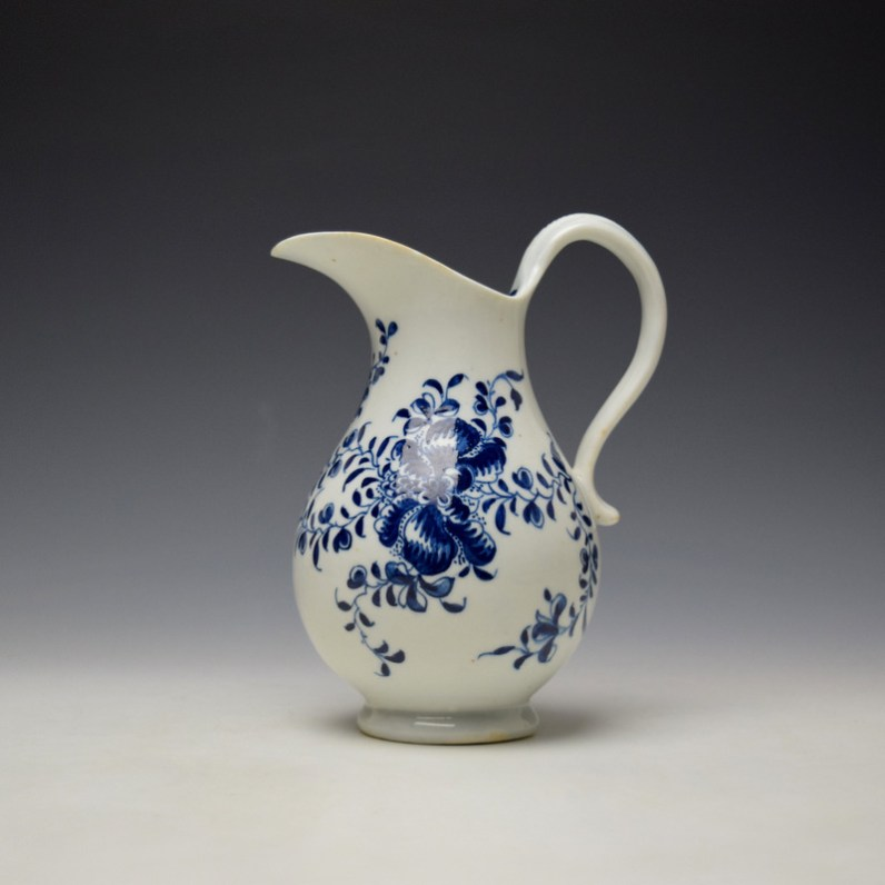 Lowestoft Mansifield Pattern Milk Jug c1770-80 (1)