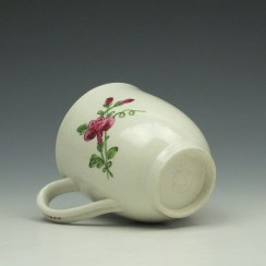 Worcester Porcelain Rose Pattern Coffee Cup c1770-85 (7)