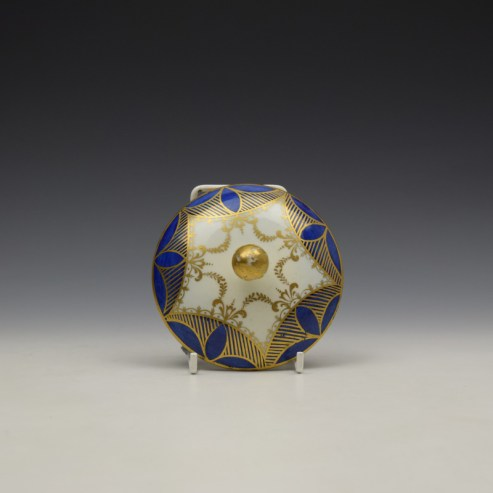Caughley Blue and Gold Garland Pattern Sucrier and Cover c1785-95 (7)