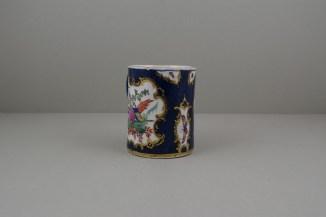Worcester Porcelain Blue Ground Fancy Bird Pattern Mug, C1775-90 (3)