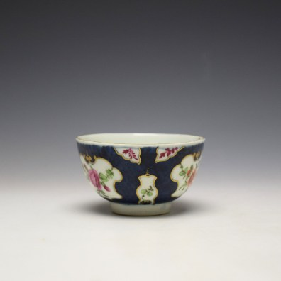 Worcester Blue Scale Panelled Floral Pattern Teabowl and Saucer c1770-75 (4)