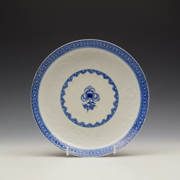 Bow Moulded Floral Pattern Saucer Dish c1765-70 (1)