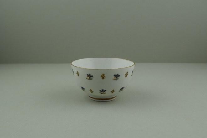 Lowestoft Porcelain Corn sprigs Pattern Teabowl, C1790-1800. 1