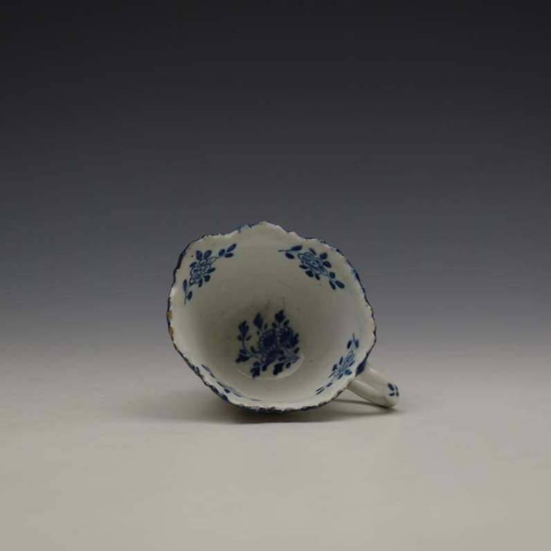 Bow Daisy Pattern Butterboat c1755-65 (1)